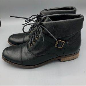 Steve Madden Black Leather Lace Up Boots Sz 8.5